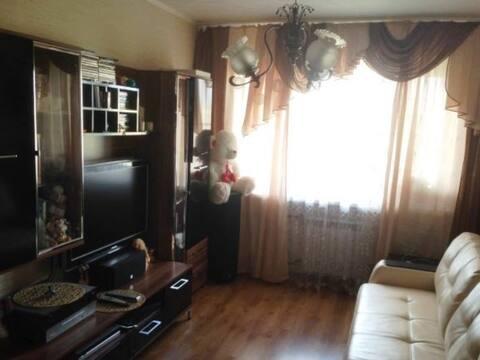 Продажа трехкомнатной квартиры на улице 50 лет Октября, 14 в ., Купить квартиру в Балабаново по недорогой цене, ID объекта - 319812393 - Фото 1