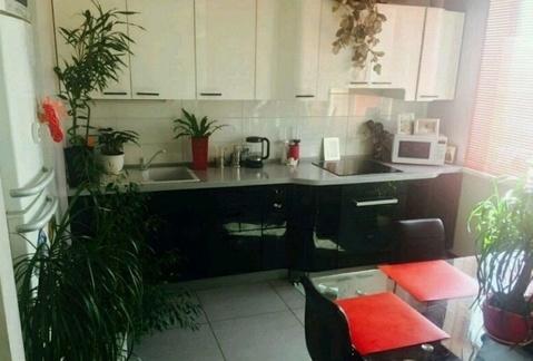 Продажа 2-комнатной квартиры, улица Шелковичная 60/62, Саратов - Фото 2