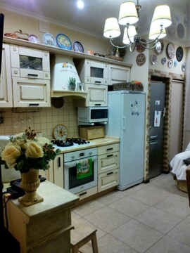 5 700 000 Руб., Продается 2-комнатная квартира на ул. Степана Разина, Купить квартиру в Калуге по недорогой цене, ID объекта - 319052983 - Фото 1