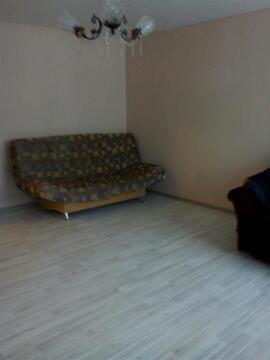 Улица Свиридова И.В. 6; 1-комнатная квартира стоимостью 8000 в месяц . - Фото 1
