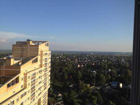 2-комнатная квартира г. Раменское, ул. Лучистая, д. 2 - Фото 1