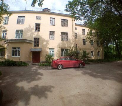 Комната напротив входа в Павловсакий парк. - Фото 2