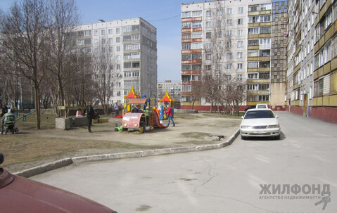 Продажа квартиры, Новосибирск, Ул. 25 лет Октября, Купить квартиру в Новосибирске по недорогой цене, ID объекта - 331025229 - Фото 1