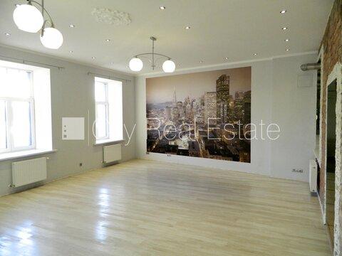 Продажа квартиры, Улица Краста - Фото 1