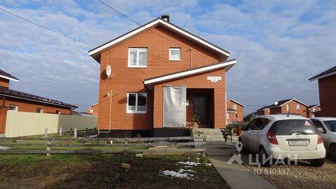 Предлагается к продаже домовладение, расположенное в элитной коттеджной застройке в поселке малая ельня.