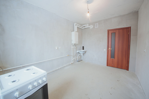 Продажа 3-комн. квартиры, 77 м2, этаж 1 из 9 - Фото 3