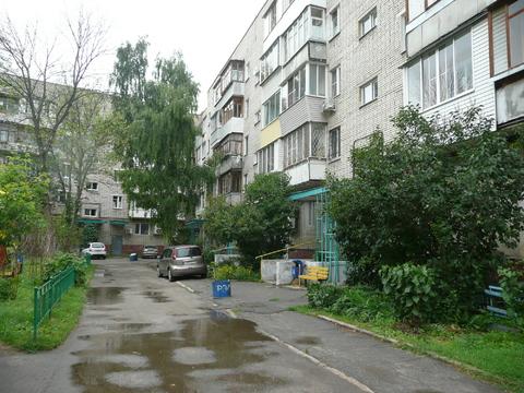 Трехкомнатная квартира 57 кв. м. в центре г. Тулы - Фото 1