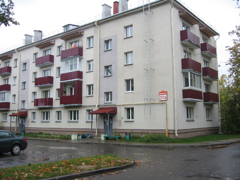 45 000 $, 2 комнатная квартира в зеленом районе города недалеко от метро на ул., Купить квартиру в Минске по недорогой цене, ID объекта - 322413220 - Фото 1