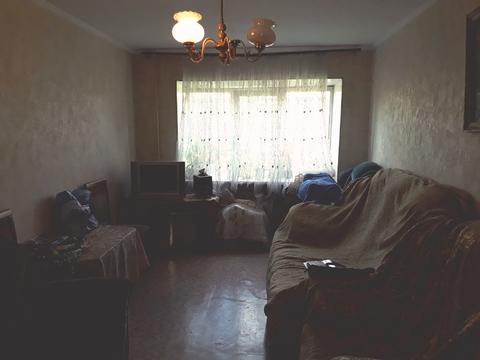 Продам трехкомнатную квартиру на ул.Кудиновское шоссе, д11 в п.Обухово - Фото 1