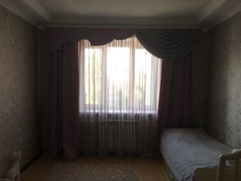 Проспект Победы 106а; 3-комнатная квартира стоимостью 30000 в месяц . - Фото 2