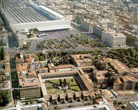Продаeтся отель 4 * в Риме - Фото 1