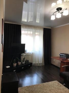 Продается отличная однокомнатная квартира по улице Николая Дмитриева 1 - Фото 1