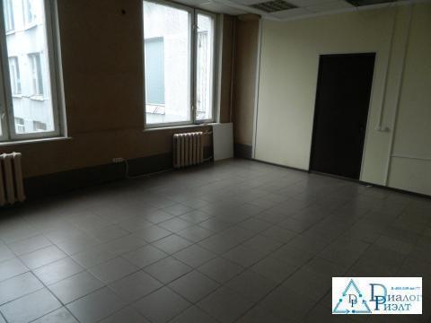 Офисное помещение 25 кв.м. в Люберцах, квадратной формы, большие окна - Фото 2
