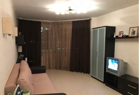 Сдается 1 комнатная квартира - Фото 1