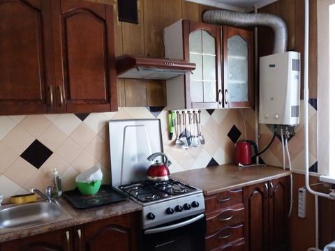 Снять трехкомнатную квартиру с ремонтом и мебелью в Новороссийске - Фото 1