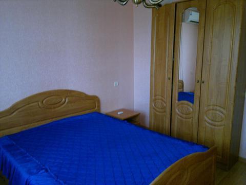 2-комнатная квартира посуточно, Народный бульвар,109 в Белгороде - Фото 1