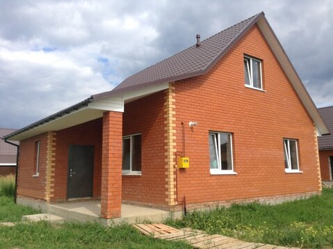 Добротный кирпичный дом в Олимпийской деревне. - Фото 1