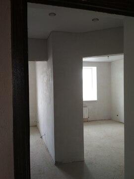 Продам квартиру с индивидуальным отоплением и частичным ремонтом - Фото 1