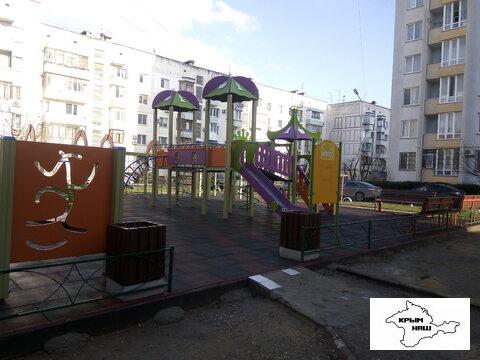 Продается квартира г.Евпатория, ул. им.60-летия Октября - Фото 2