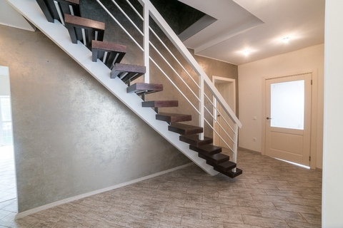 Продам 2-этажный стеноблочный коттедж - Фото 4