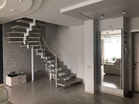 Продажа двухуровневой квартиры - Фото 1