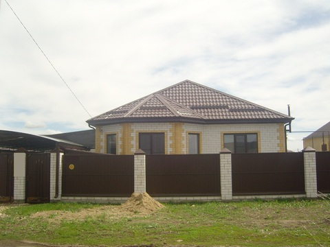 Продаю новый дом с ремонтом - Фото 2