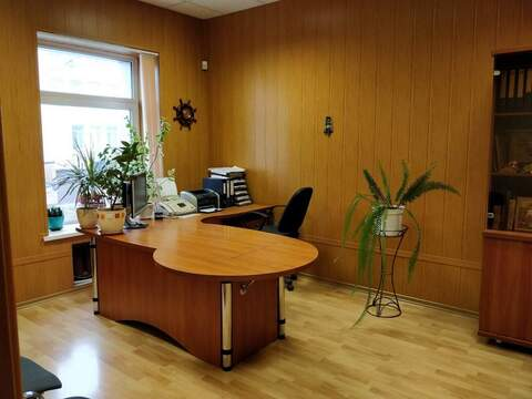 Продажа офиса 265 м2 - Фото 1