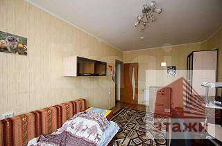 Продам 3-комн. кв. 63.1 кв.м. Белгород, Есенина - Фото 1