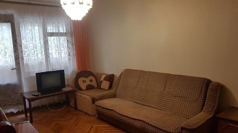 Сдается 2-комнатная квартира в центре Алушты - Фото 2