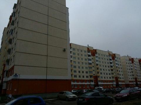 Продам 3 кв, ул. Волотовская д.6 - Фото 1