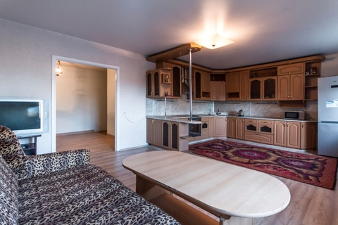 Квартира во Всеволожске (большая кухня-гостинная, 95 кв.м) - Фото 1