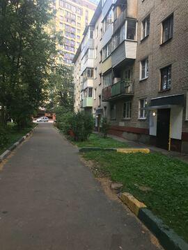 Продам 2к.кв улица Войкова, дом 10 - Фото 1