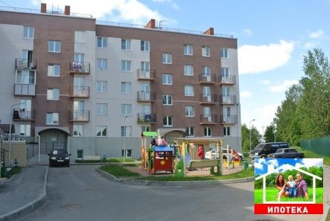 Продается 2 к. квартира в г. Коммунаре, ул. Железнодорожная, д. 29! - Фото 1