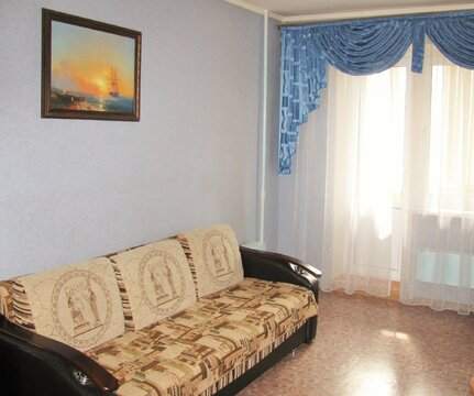 Амирхана 26, 3-х комнатная квартира 68 кв.м. чистая продажа - Фото 1