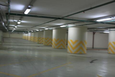 Машиноместо на закрытой охраняемой территориии паркинга в центре Сочи - Фото 1