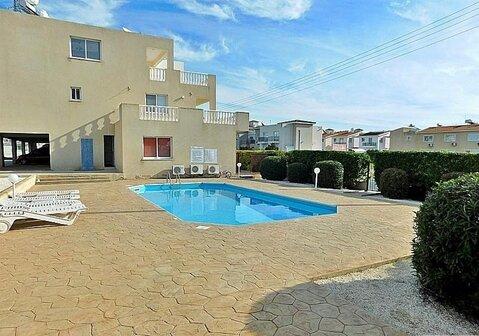 Прекрасный двухкомнатный Апартамент с большой верандой в Пафосе - Фото 2