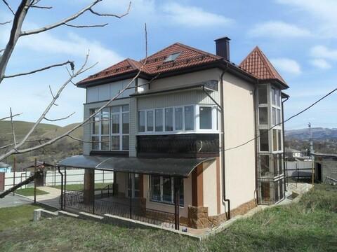 Коттедж в пригороде Кисловодска - Фото 1