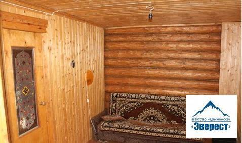 Продается дача 6 соток с домом 40 кв. м. в г. Ивантеевка СНТ Флора -2 Московская область. Участок правильной формы, ровный, благоустроенный, есть плодовые деревья, кустарники, цветы, есть место под стоянку автомобиля.Дом из бруса с мансардой, терраса, в хорошем состоянии.Вода-скважина, летний душ, туалет, подведено электричество.В собственности более 3 лет, один собственник, свободная продажа.Ближайшая ж/д станция Детская.