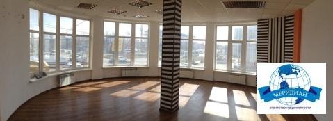 Офисное помещение 191 кв.м. - Фото 1