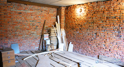 Капитальный кирпичный гараж в городе Волоколамске на ул. Колхозная - Фото 4