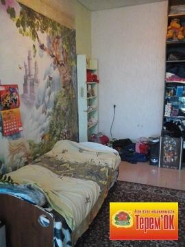 Трехкомнатная квартира в Летке, высокие потолки, просторные комнаты. - Фото 3
