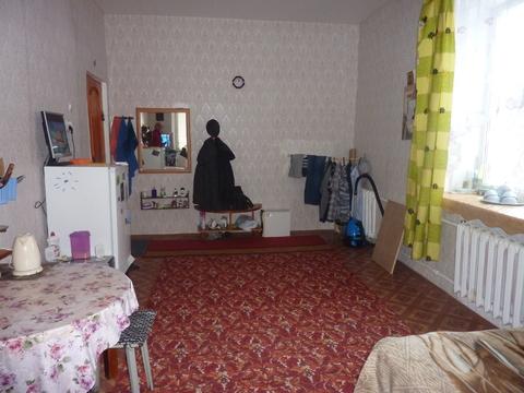Продается комната 21 кв.м в 3-ком коммунальной квартире - Фото 1
