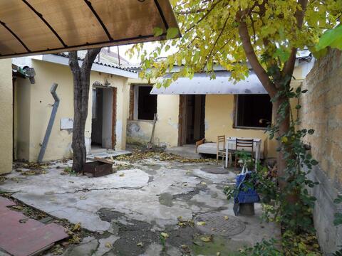 Дом с отдельным двором под кап.ремонт - Фото 1