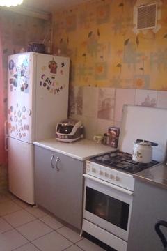 1 300 000 Руб., Продам 1-комнатную квартиру, Купить квартиру в Смоленске по недорогой цене, ID объекта - 319476368 - Фото 1