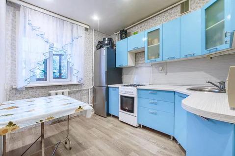 2-комнатная квартира 50 кв.м. 2/10 кирп на ул. Космонавтов, д.44 - Фото 1