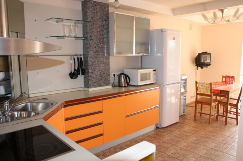Сдается отличная трехкомнатная квартира - Фото 1