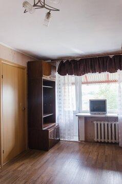 Трёхкомнатная квартира в центре города Барнаула рядом с Новым рынком. - Фото 2