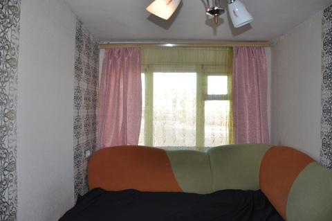 Продажа комнаты 12 м2 в трехкомнатной квартире ул Белореченская, д 3б . - Фото 1