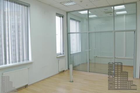 Офис 50м с ремонтом и мебелью в круглосуточном офисном центре у метро - Фото 1
