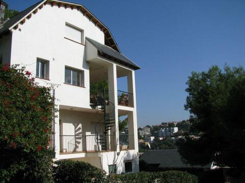 Продажа дома, Барселона, Барселона, Продажа домов и коттеджей Барселона, Испания, ID объекта - 501882853 - Фото 1